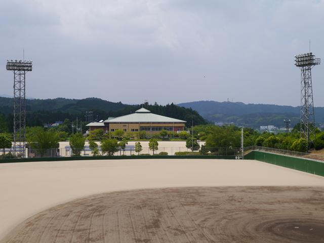 吉野運動公園(よしのうんどうこうえん)